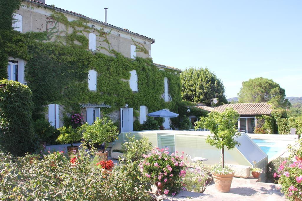 proprièté parc piscine Anduze Corinne Ponce Immobilier Nimes Gard (3)