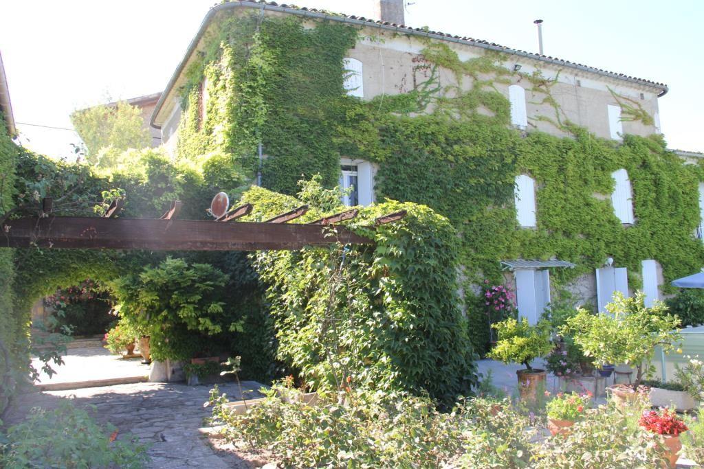 proprièté parc piscine Anduze Corinne Ponce Immobilier Nimes Gard (2)