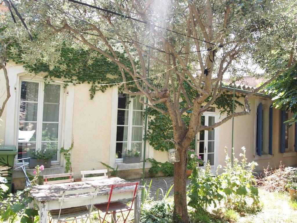 maison de ville jardin centre nimes (9)