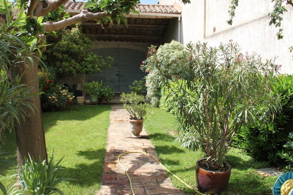 maison de village jardin corinne ponce immobilier nimes gard (30)