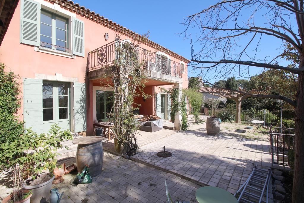 villa tour magne piscine (28)
