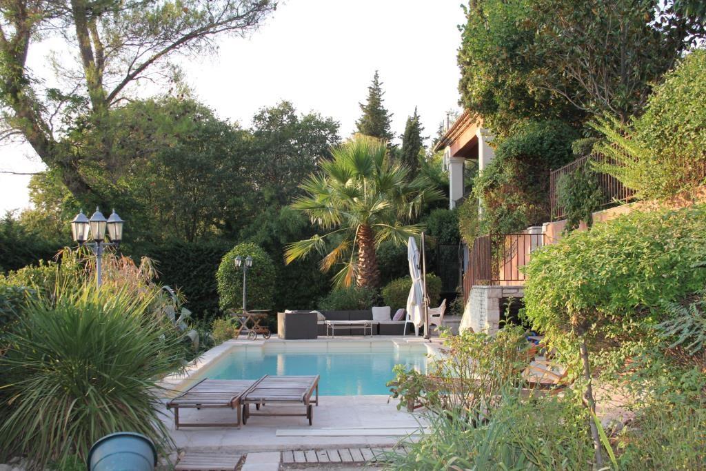 proprièté piscine Tour Magne Agence Corinne Ponce Nimes Gard (12)