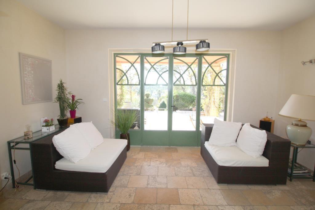 villa tour magne piscine (4)
