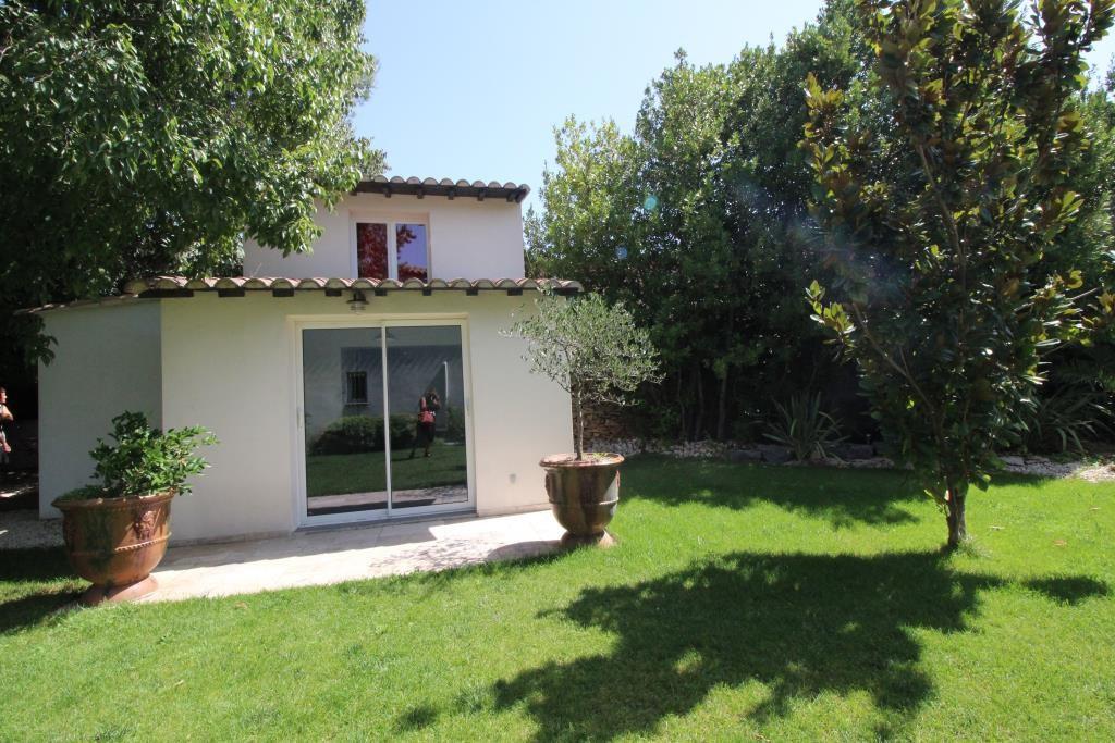 vente villa quartier residentiel piscine Nimes agence immobiliere corinne ponce Nimes 30 (7)
