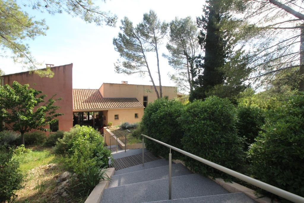 vente villa grand standing nimes agence immobiliere corinne ponce 30 gard (43)