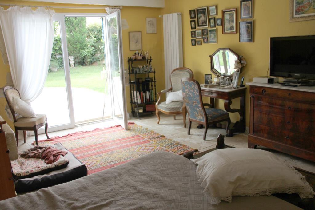 demeure vigneronne piscine jardin proche nimes Corinne Ponce Immobilier (73)