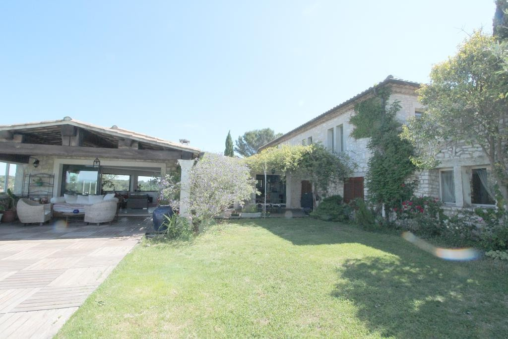 vente grande villa propriete Nimes agence immobiliere corinne ponce (21)