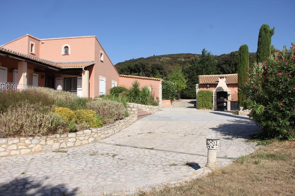 villa piscine Gard Vaucluse  (18)