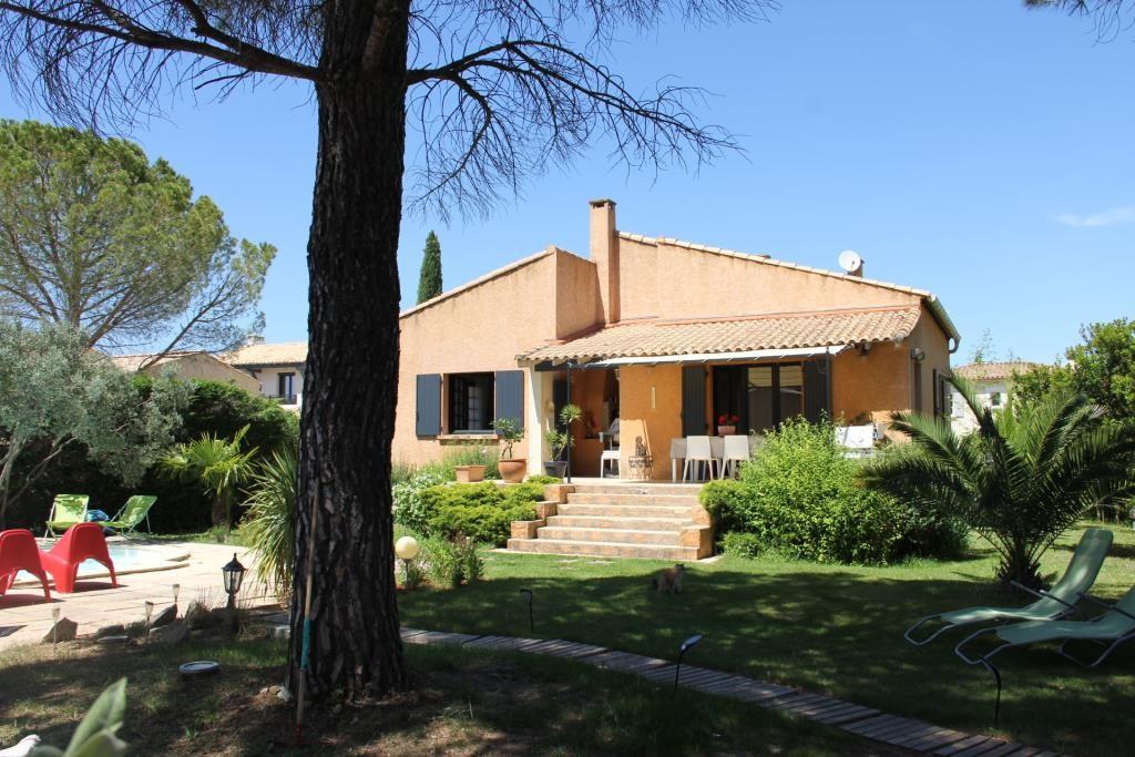 villa Caveirac avec appartement et piscine Corinne Ponce Immobilier Nimes Gard (3)