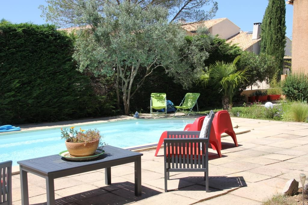 villa Caveirac avec appartement et piscine Corinne Ponce Immobilier Nimes Gard (4)