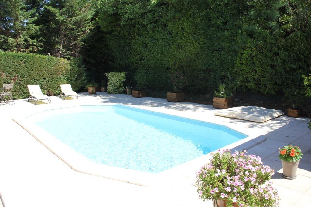 villa Caveirac avec appartement et piscine Corinne Ponce Immobilier Nimes Gard (1)