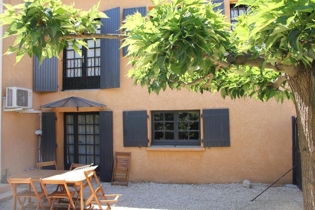villa Caveirac avec appartement et piscine Corinne Ponce Immobilier Nimes Gard (32)