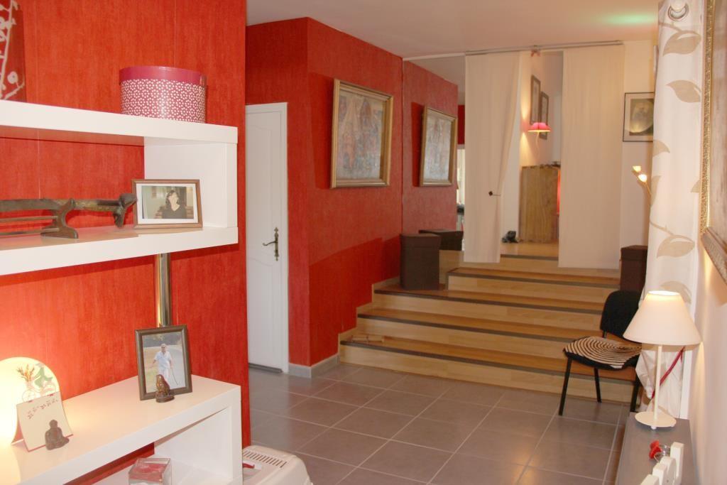 villa Caveirac avec appartement et piscine Corinne Ponce Immobilier Nimes Gard (29)