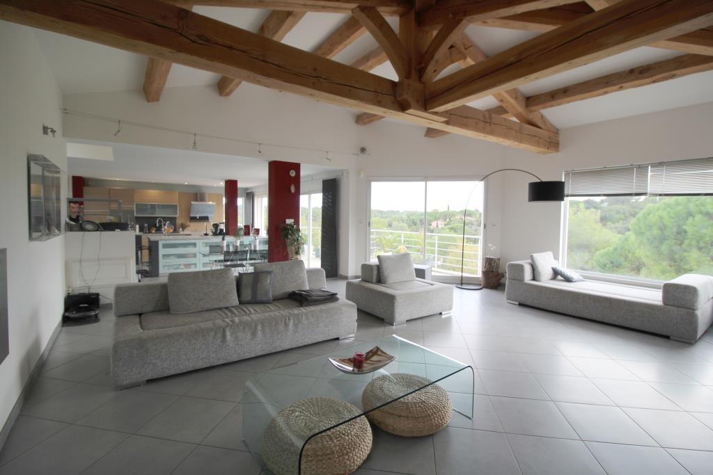 vente villa contemporaine Nimes agence immobiliere corinne ponce Nimes (9)