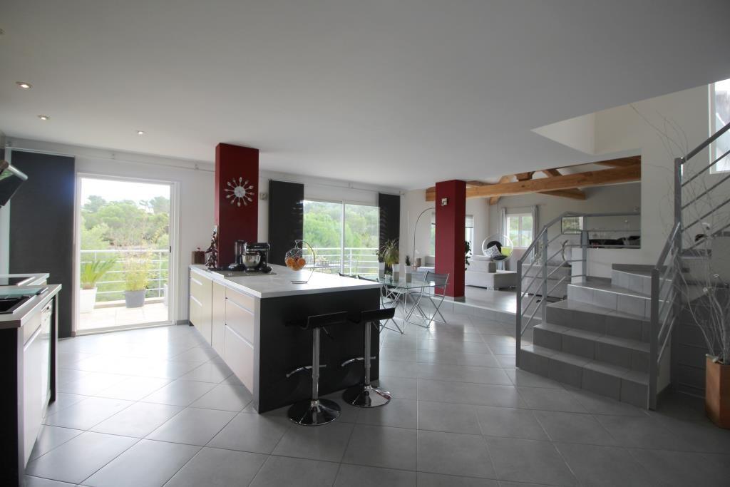 vente villa contemporaine Nimes agence immobiliere corinne ponce Nimes (2)