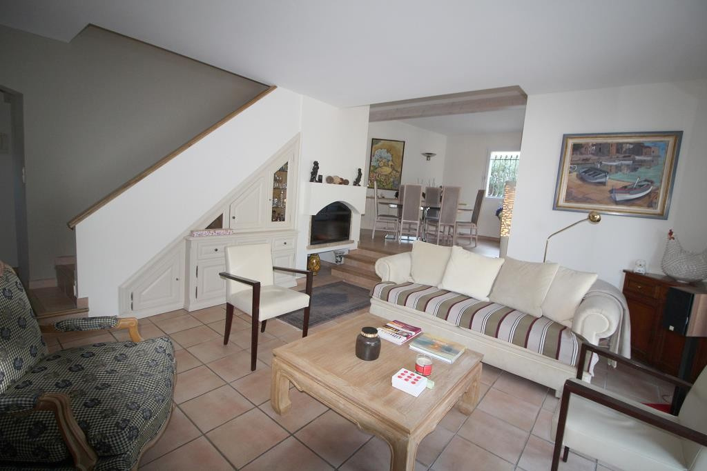 annonces vente villas maisons Nimes particuliers agence immobiliere corinne ponce Nimes 30 gard (20)