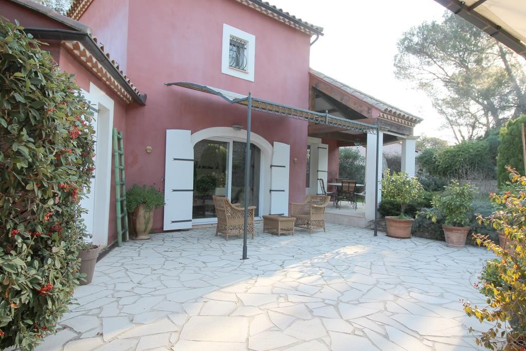 annonces vente villas maisons Nimes particuliers agence immobiliere corinne ponce Nimes 30 gard (7)