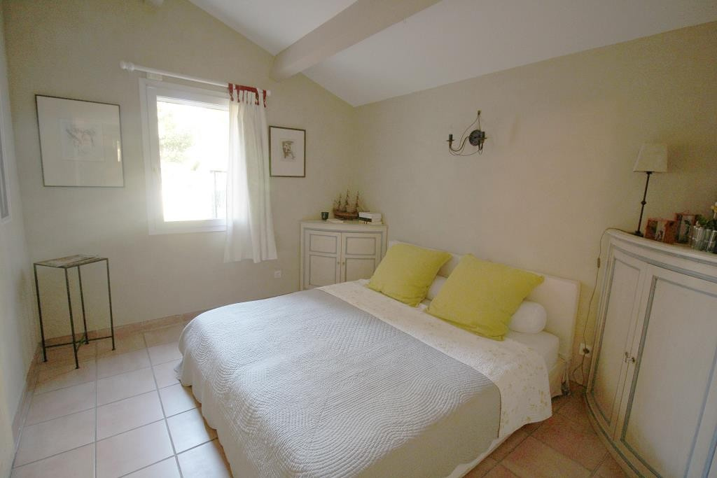 annonces vente villas maisons Nimes particuliers agence immobiliere corinne ponce Nimes 30 gard (44)