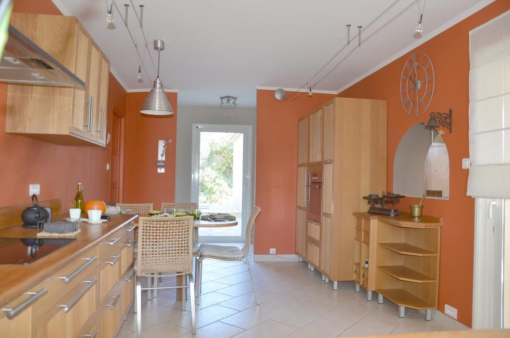 annonces vente villa grand standing Nimes agence immobiliere corinne ponce Nimes (34)