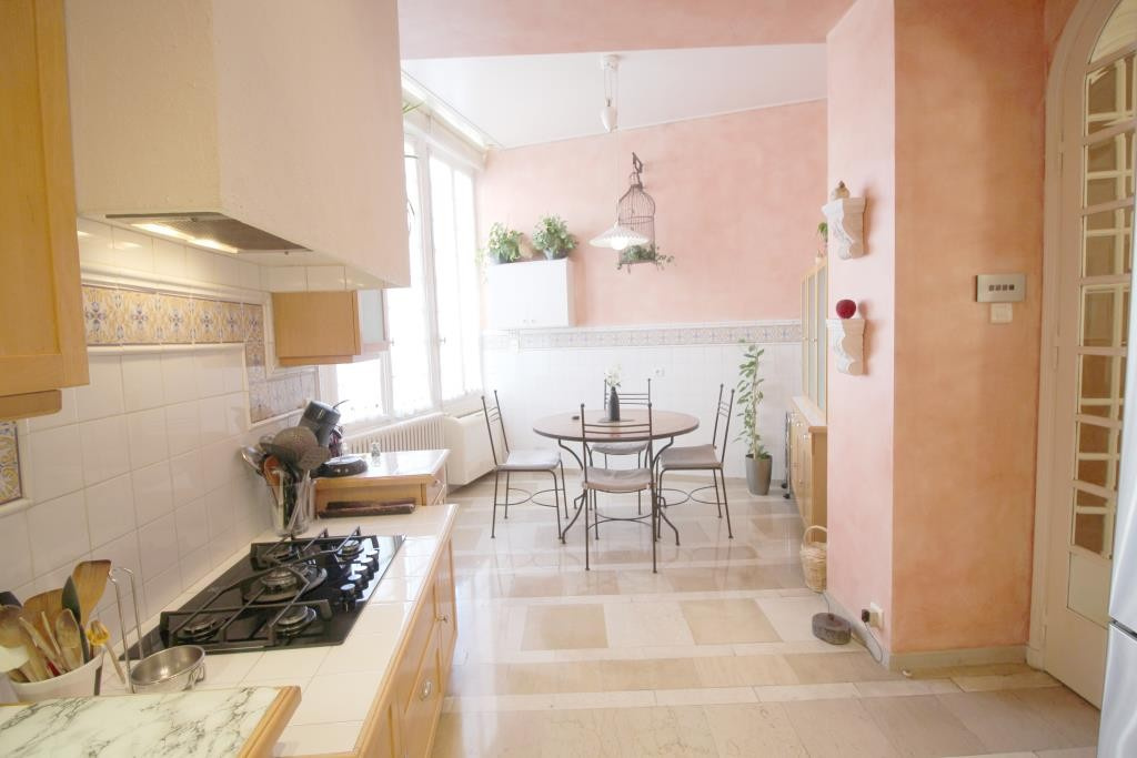 vente appartement type 6 agence immobiliere corinne ponce Nimes (22)