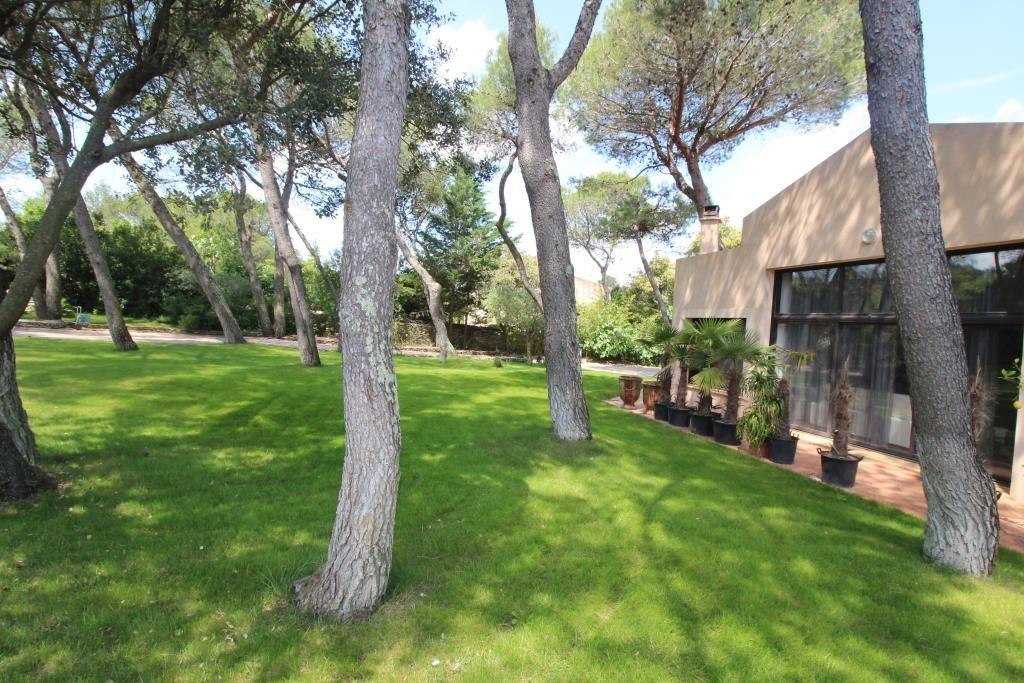 vente villa d'architecte Nimes agence immobiliere corinne ponce (44)