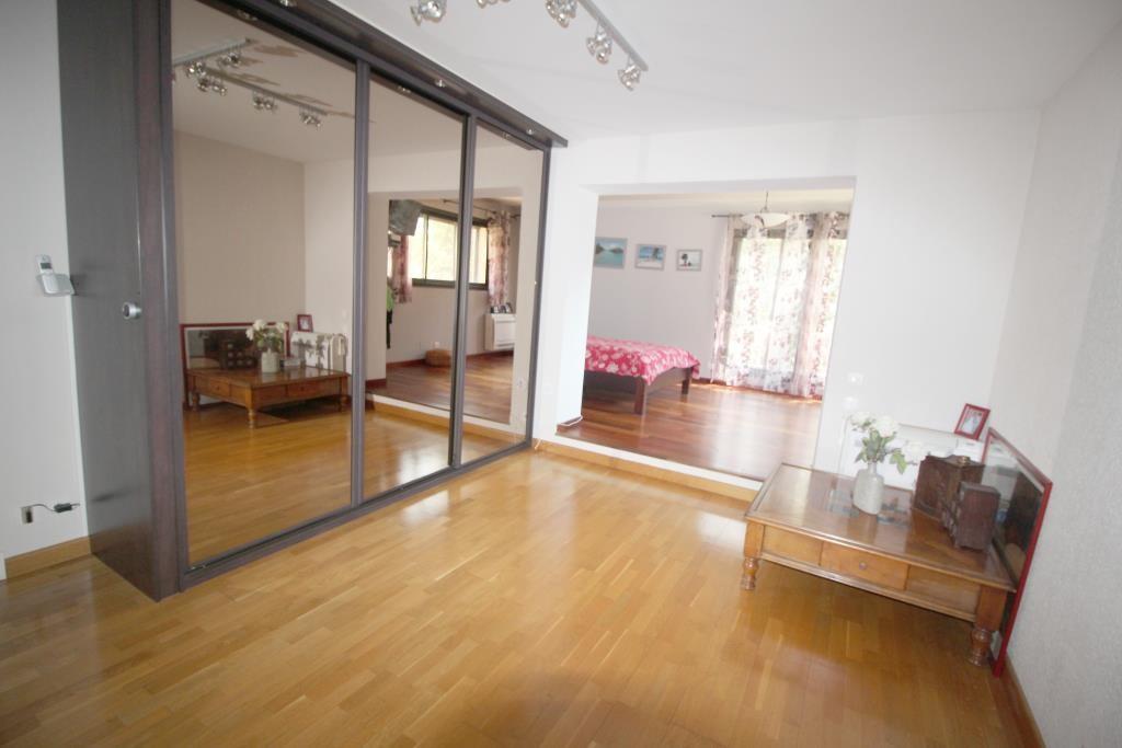 vente villa d'architecte Nimes agence immobiliere corinne ponce (35)