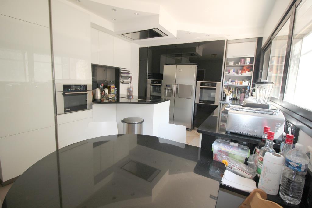 vente villa d'architecte Nimes agence immobiliere corinne ponce (3)