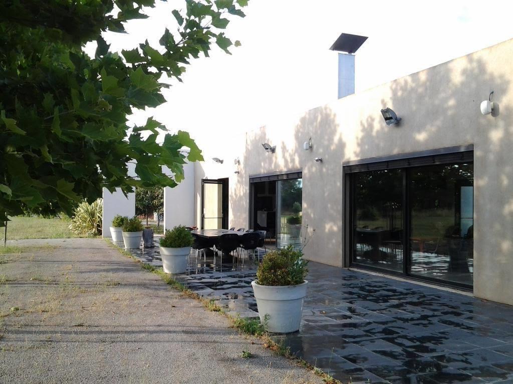 mas contemporain Nimes agence Corinne Ponce Immobilier Nimes Gard (43)