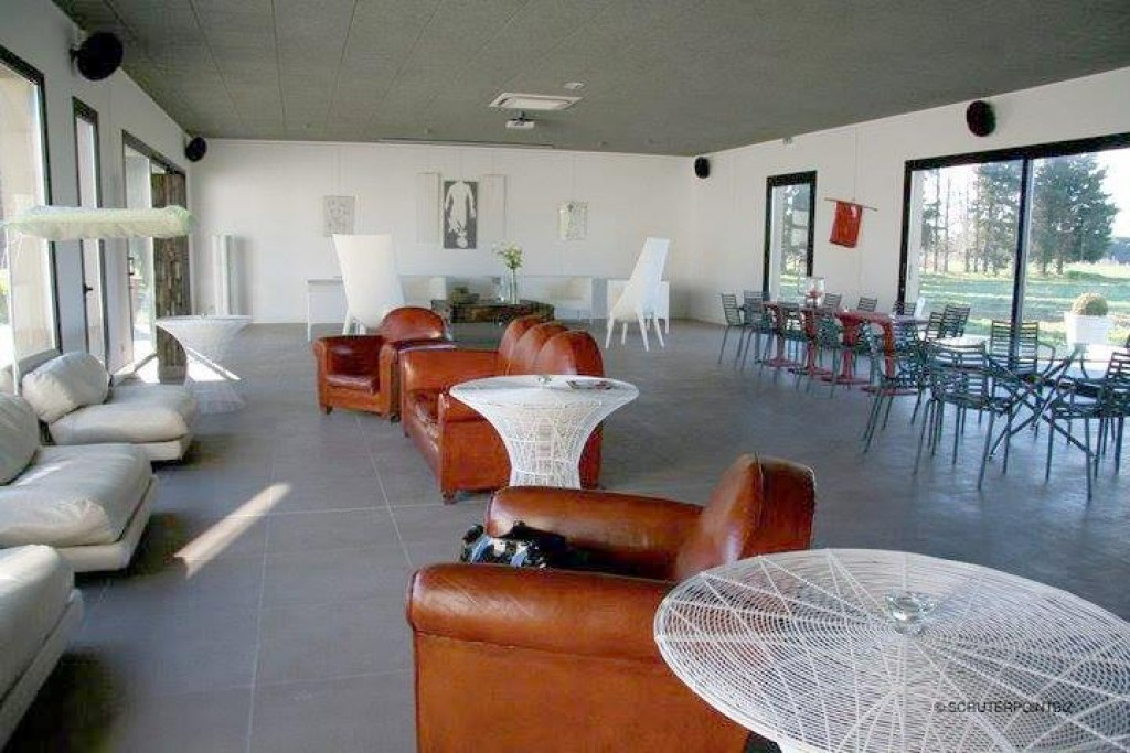 mas contemporain Nimes agence Corinne Ponce Immobilier Nimes Gard (40)