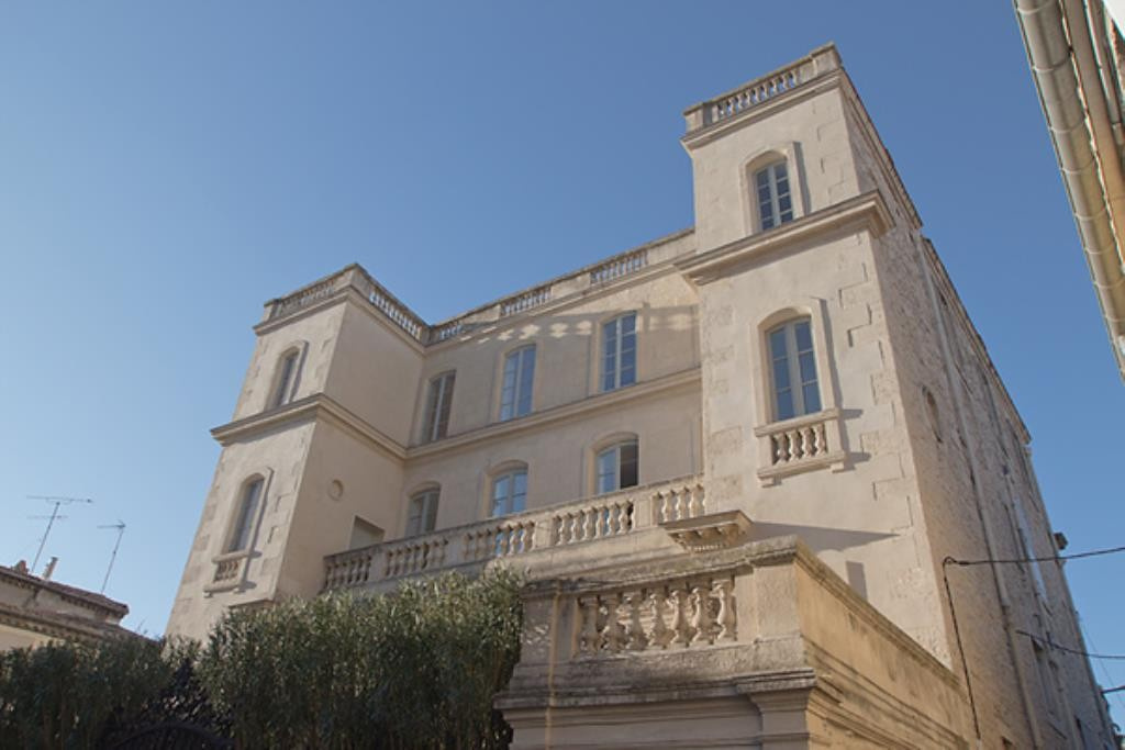 Chateau Fadaise, appartement bourgeois, toutes expositions, cheminée, terrasse sud, exception, Agenc