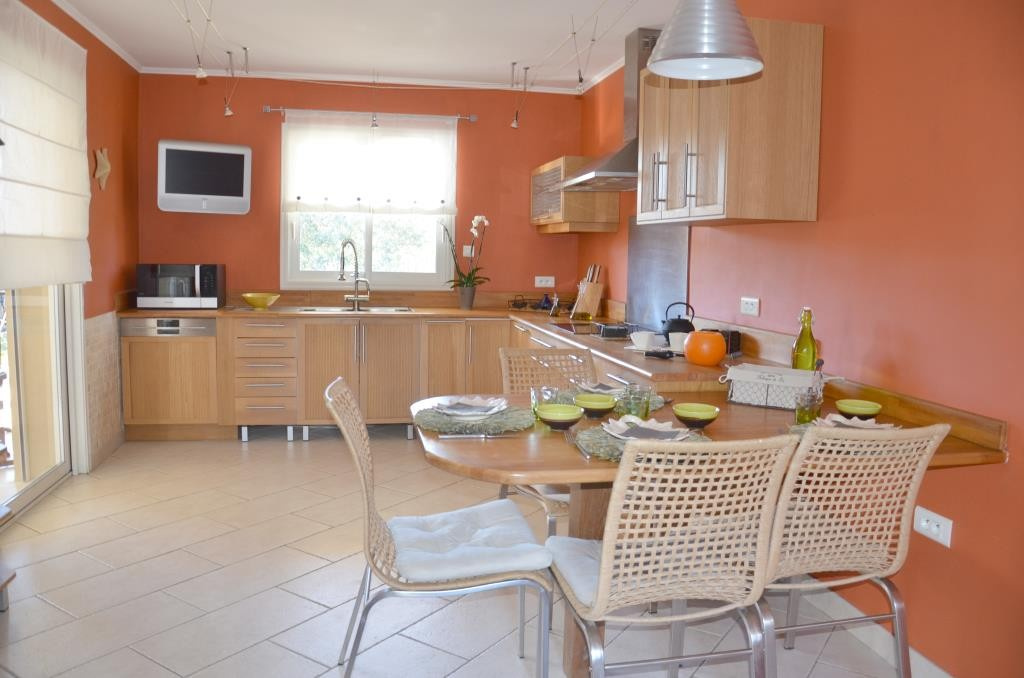 annonces vente villa grand standing Nimes agence immobiliere corinne ponce Nimes (35)
